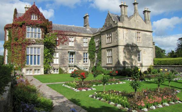 Muckross House, Gardens and Traditional Farms